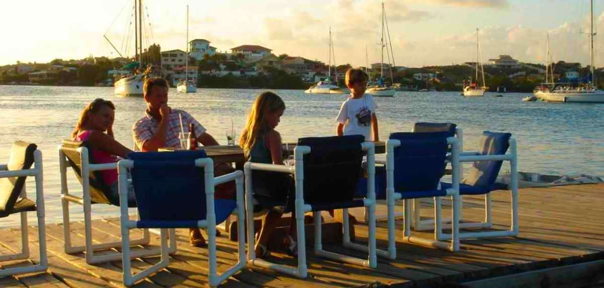 Swimming Restaurant Sarifundi, Spanse Water, Curacao